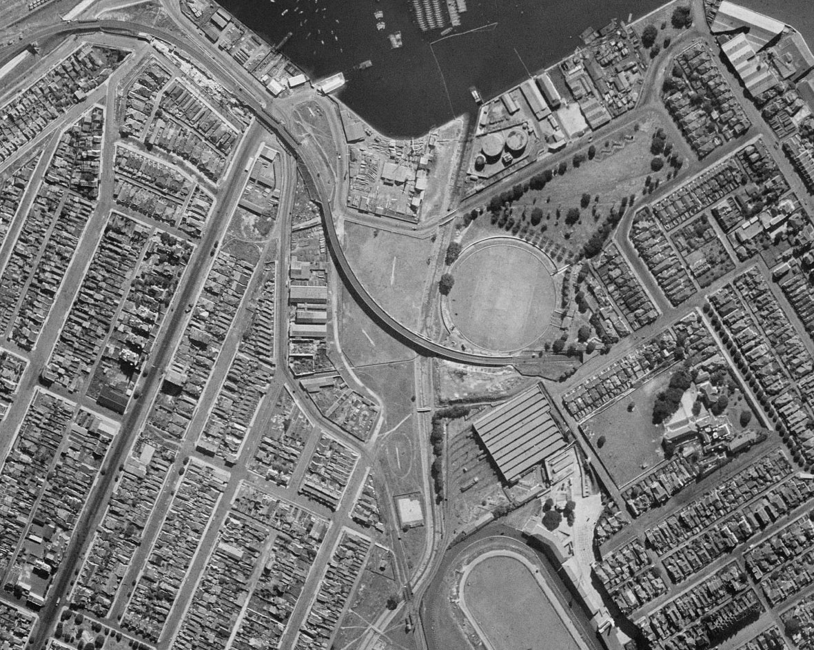 Historic aerial photo - park in 1943